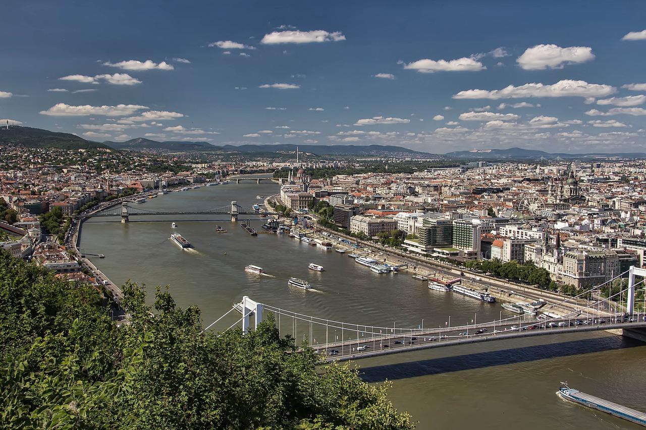 budapest-3110288_1280